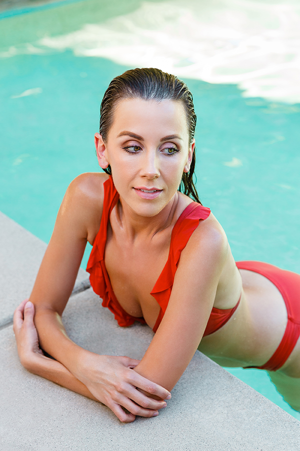 Rachael Wotherspoon New Zealand Swimsuit Model in red swimsuit